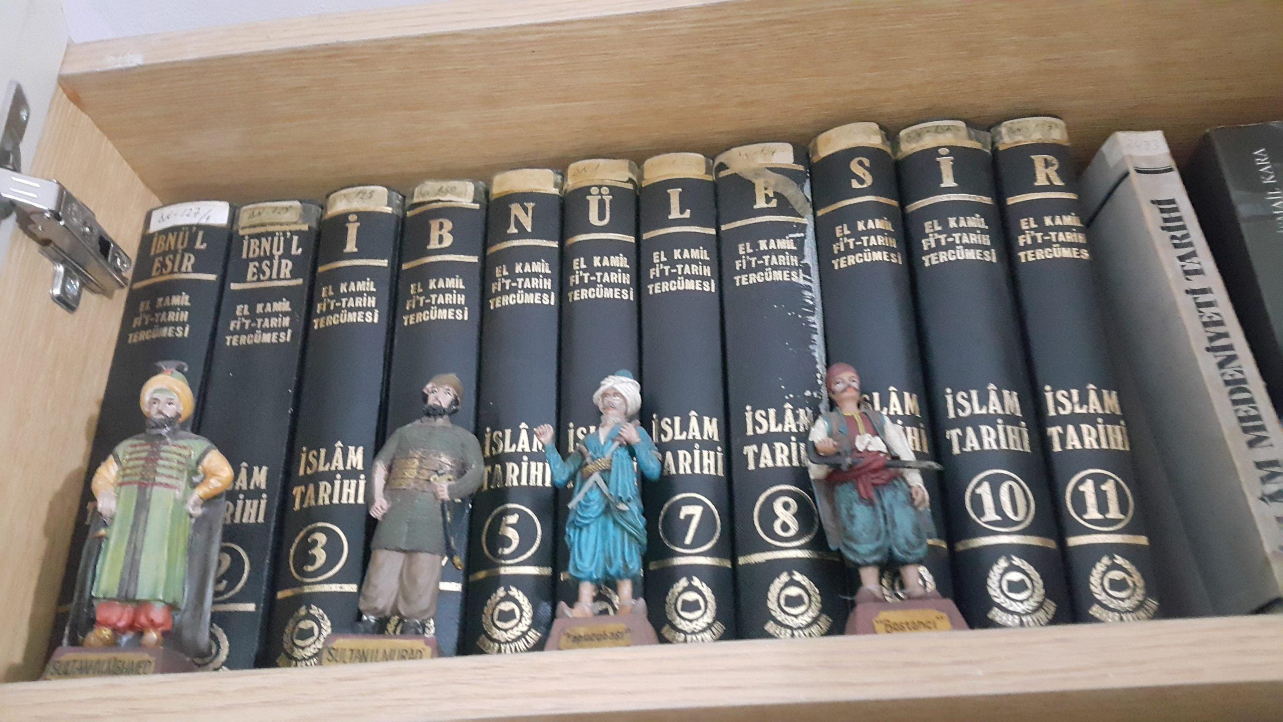 EL-KAMİL-İ Fİ'T-TARİH/İBN'ÜL ESİR/ 12.CİLT .TAKIM/BAHAR YAY