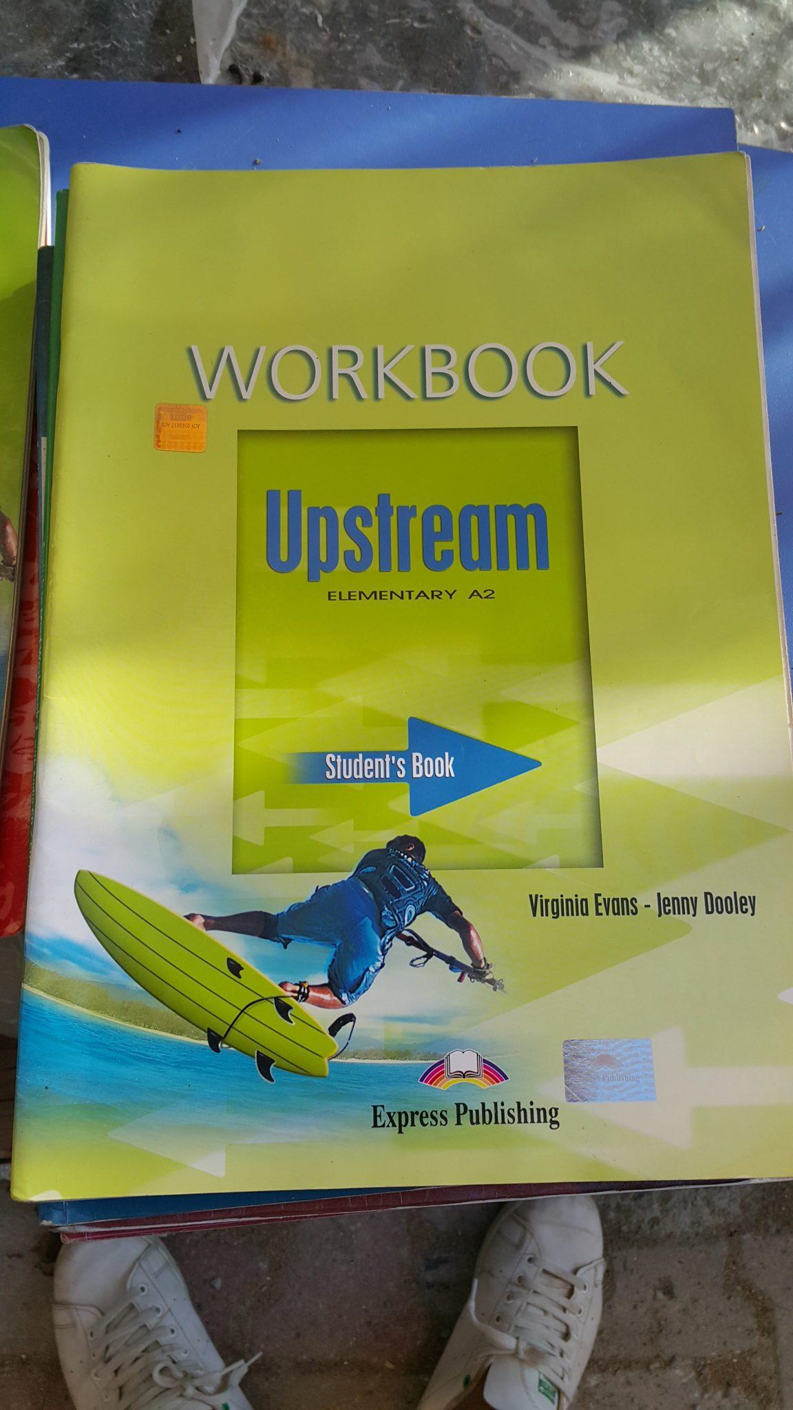 UPSTREAM (STUDENT BOOK) V.EVANS-J.DOOLEY