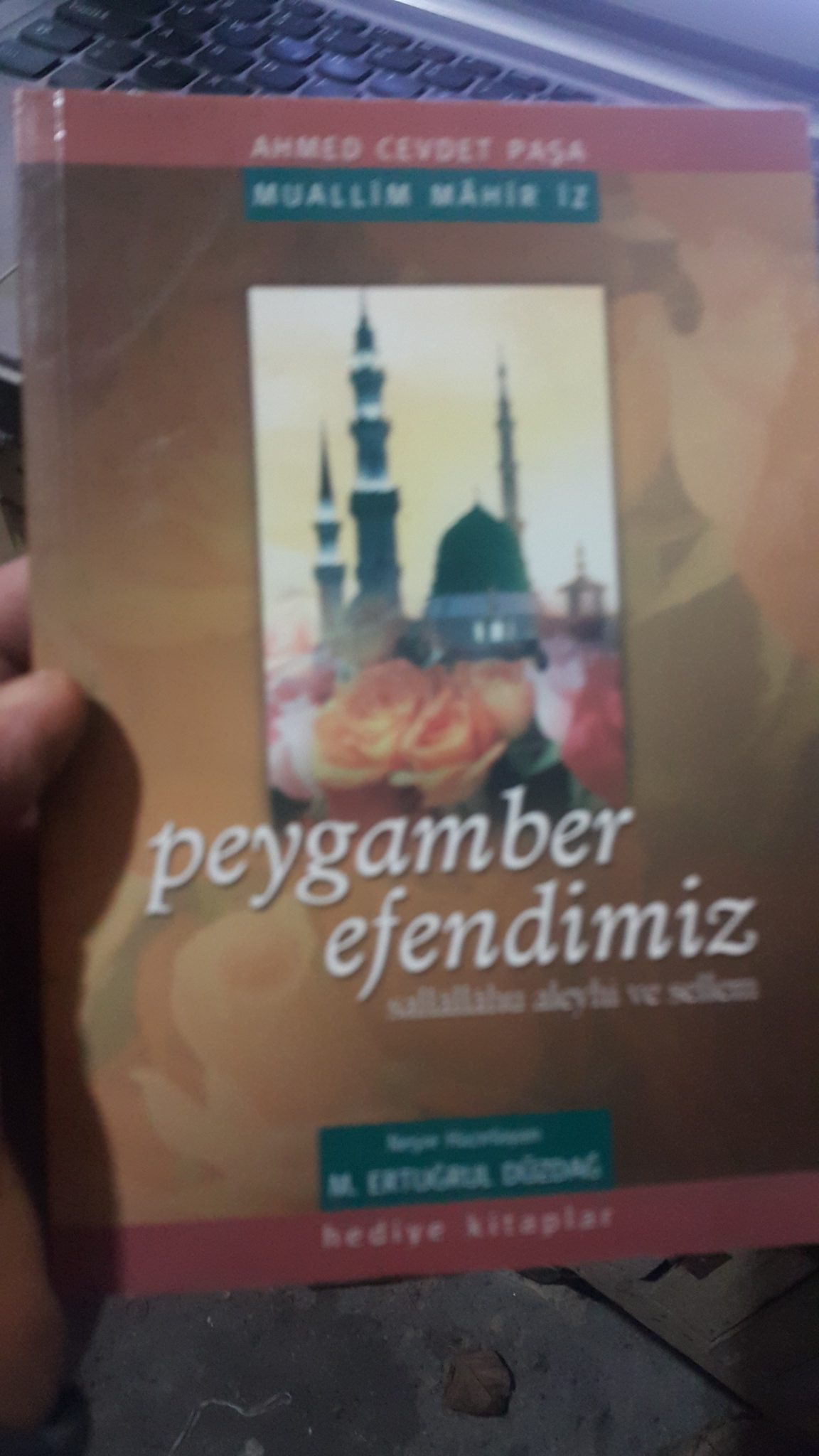 PEYGAMBER EFENDİMİZ/Mahir İz