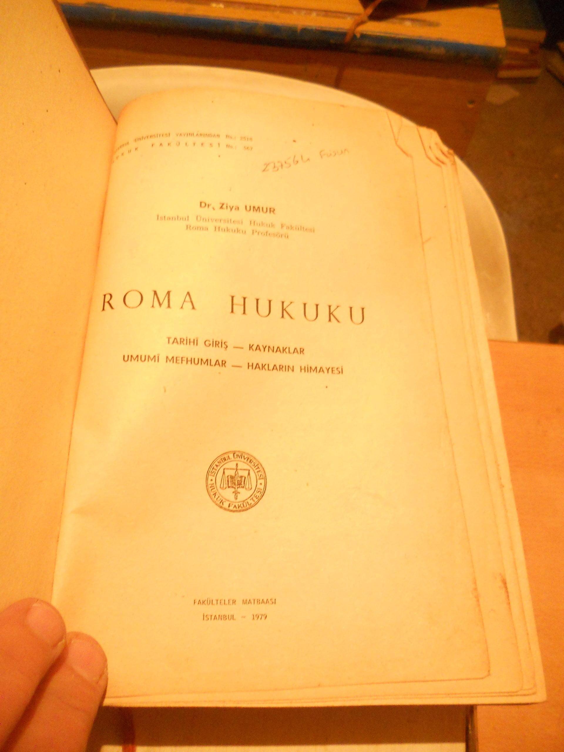 ROMA HUKUKU/ Dr.Ziya UMUR/25 tl