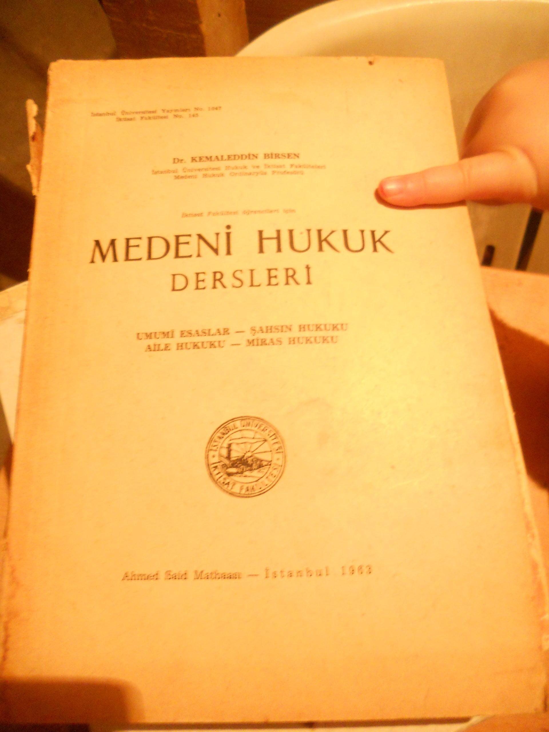 MEDENİ HUKUK DERSLERİ /Kemaleddin BİRSEN/20 TL