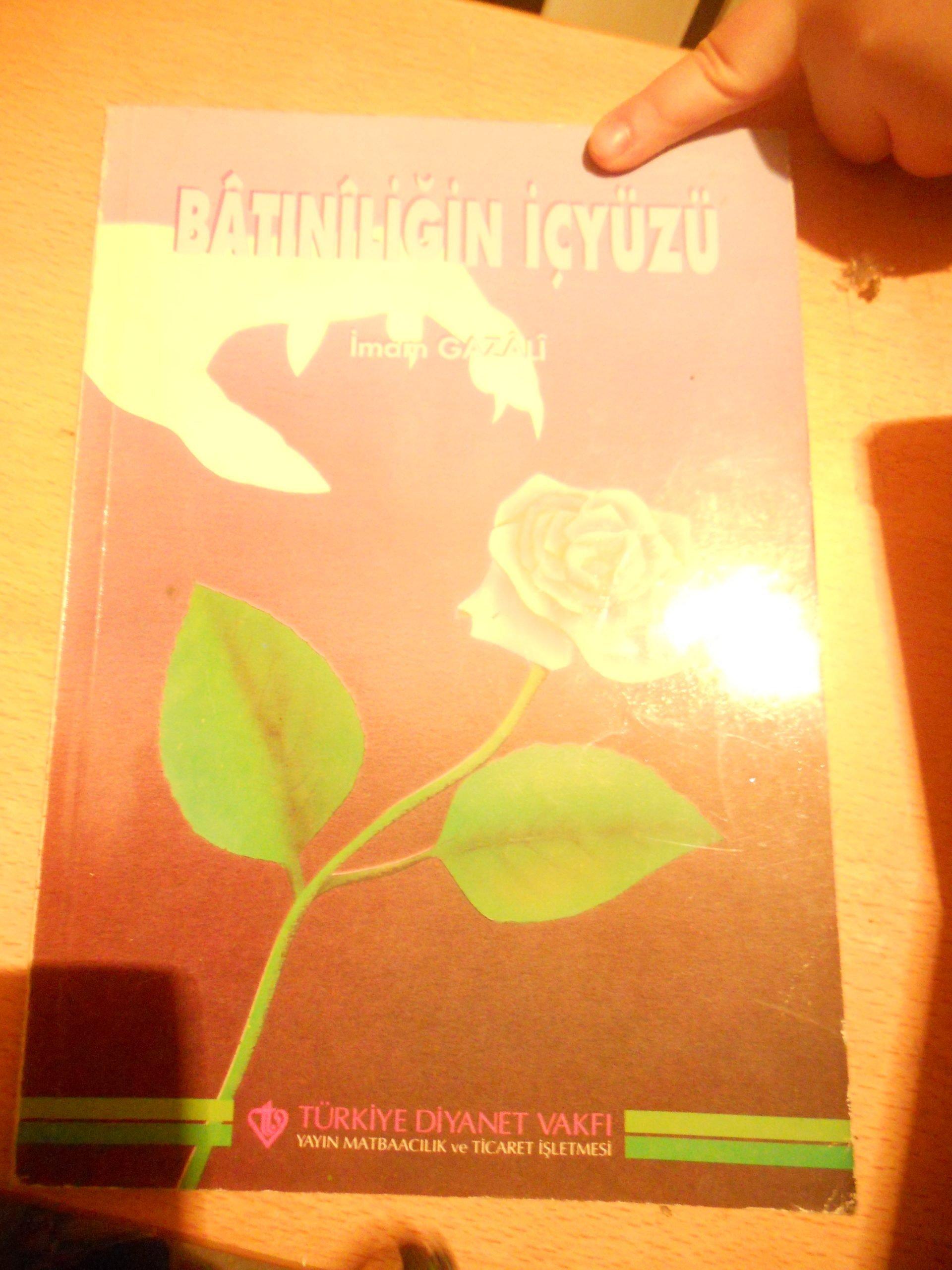 BATINİLİĞİN İÇYÜZÜ /İmam GAZALİ/TDV/ 7,5 TL(satıldı)