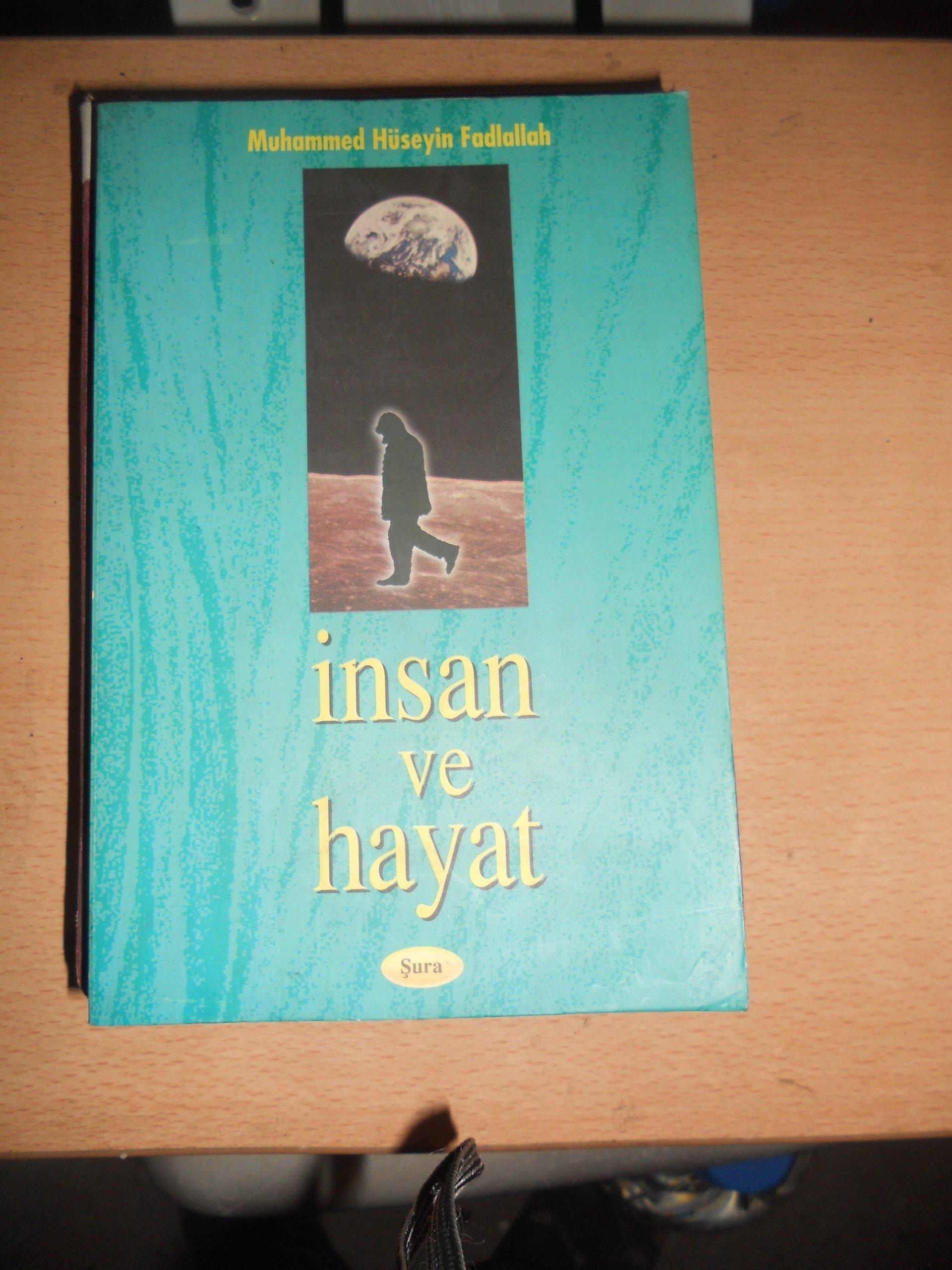 İNSAN ve HAYAT/Hüseyin Fadlallah/ 15 tl