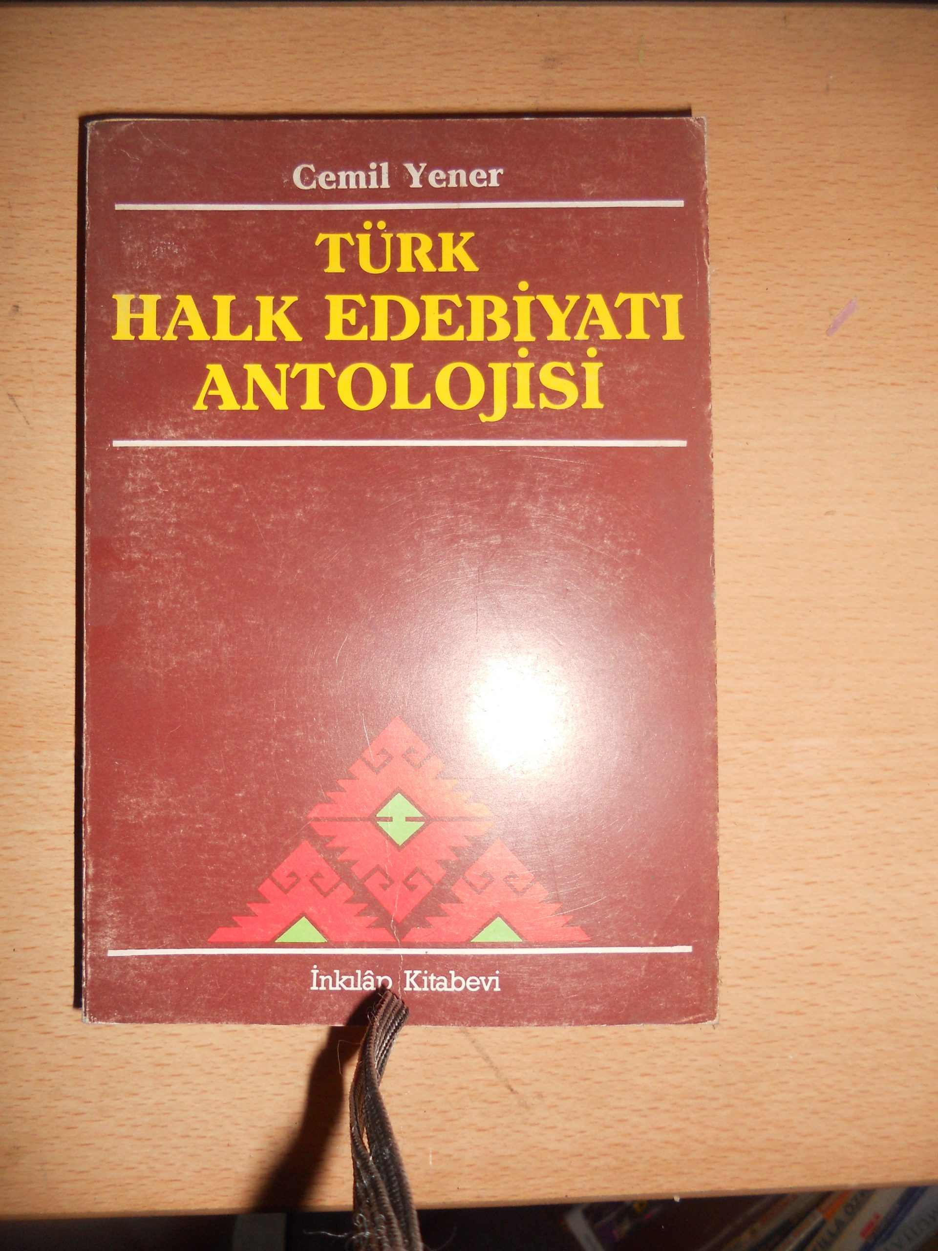 TÜRK HALK EDEBİYATI ANTOLOJİSİ/Cemil YENER/ 15 TL