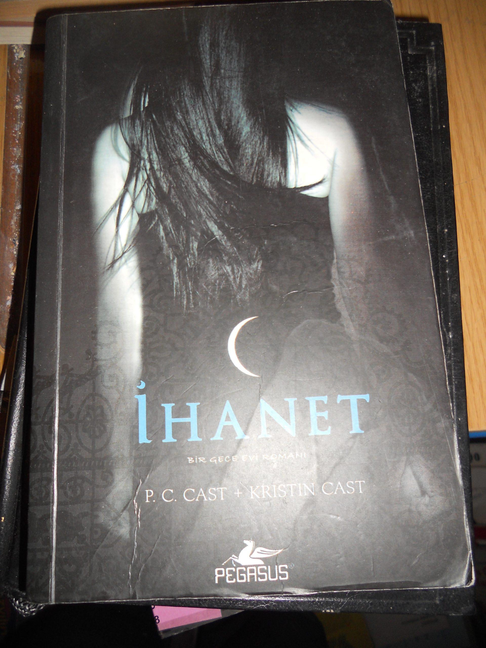 İHANET(Bir gece evi)/P.C CAST-Kristin CAST/10 TL