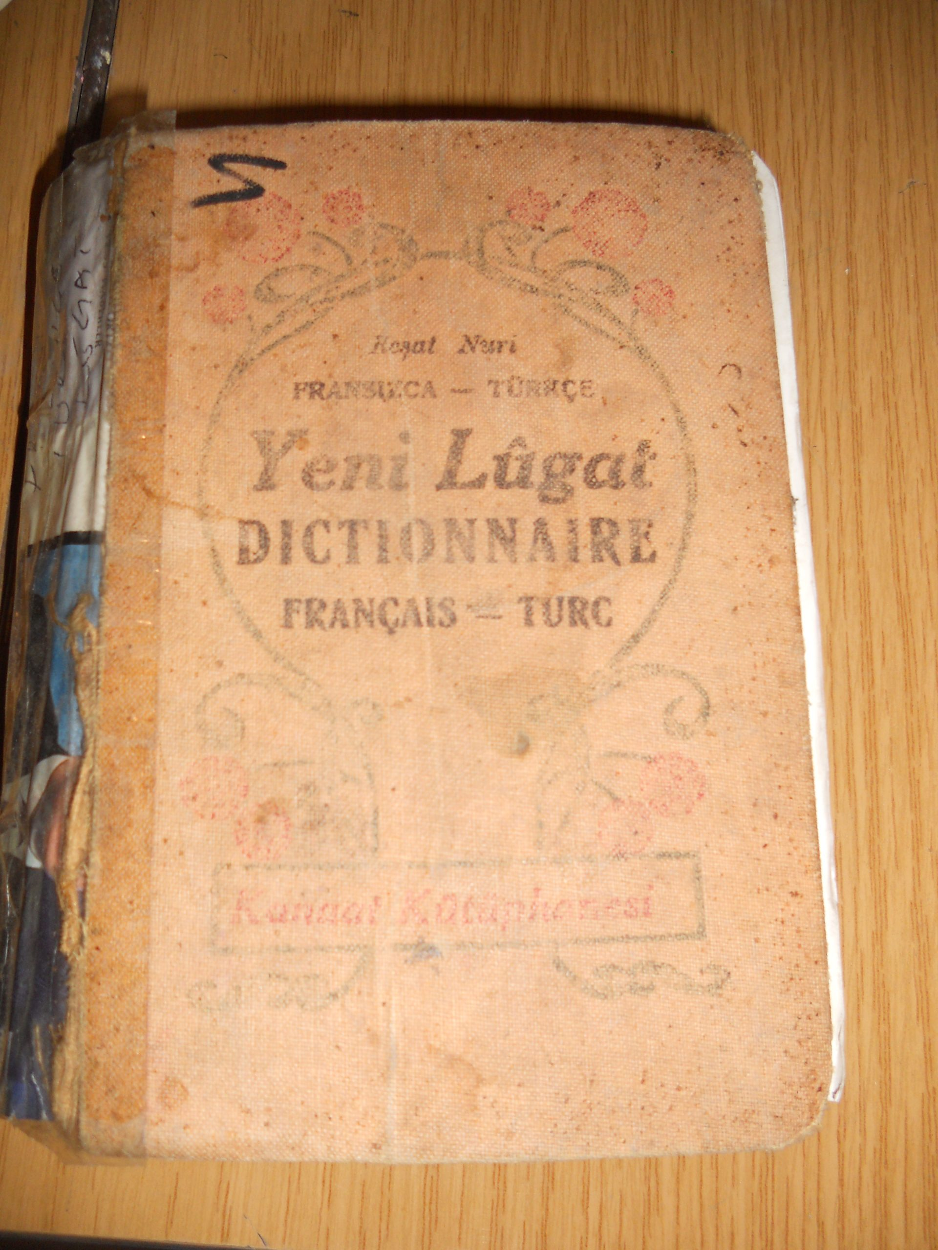 FRANSIZCA TÜRKÇE Yeni Lügat/Dictionnaire/ 1931 BASIMI/ 25 tl