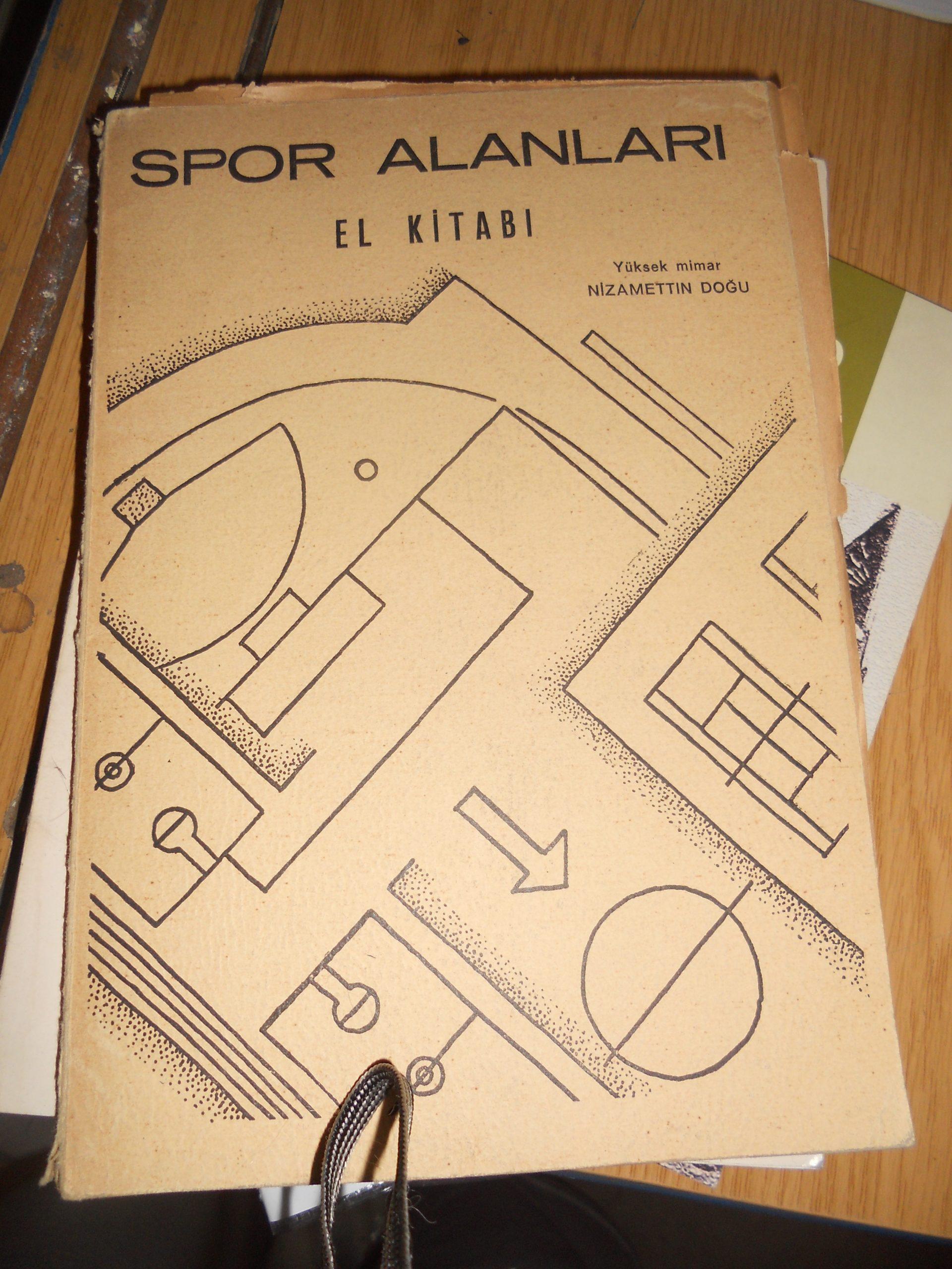 SPOR ALANLARI EL KİTAPLARI(1946 basım) / Nizamettin Doğu/50 TL