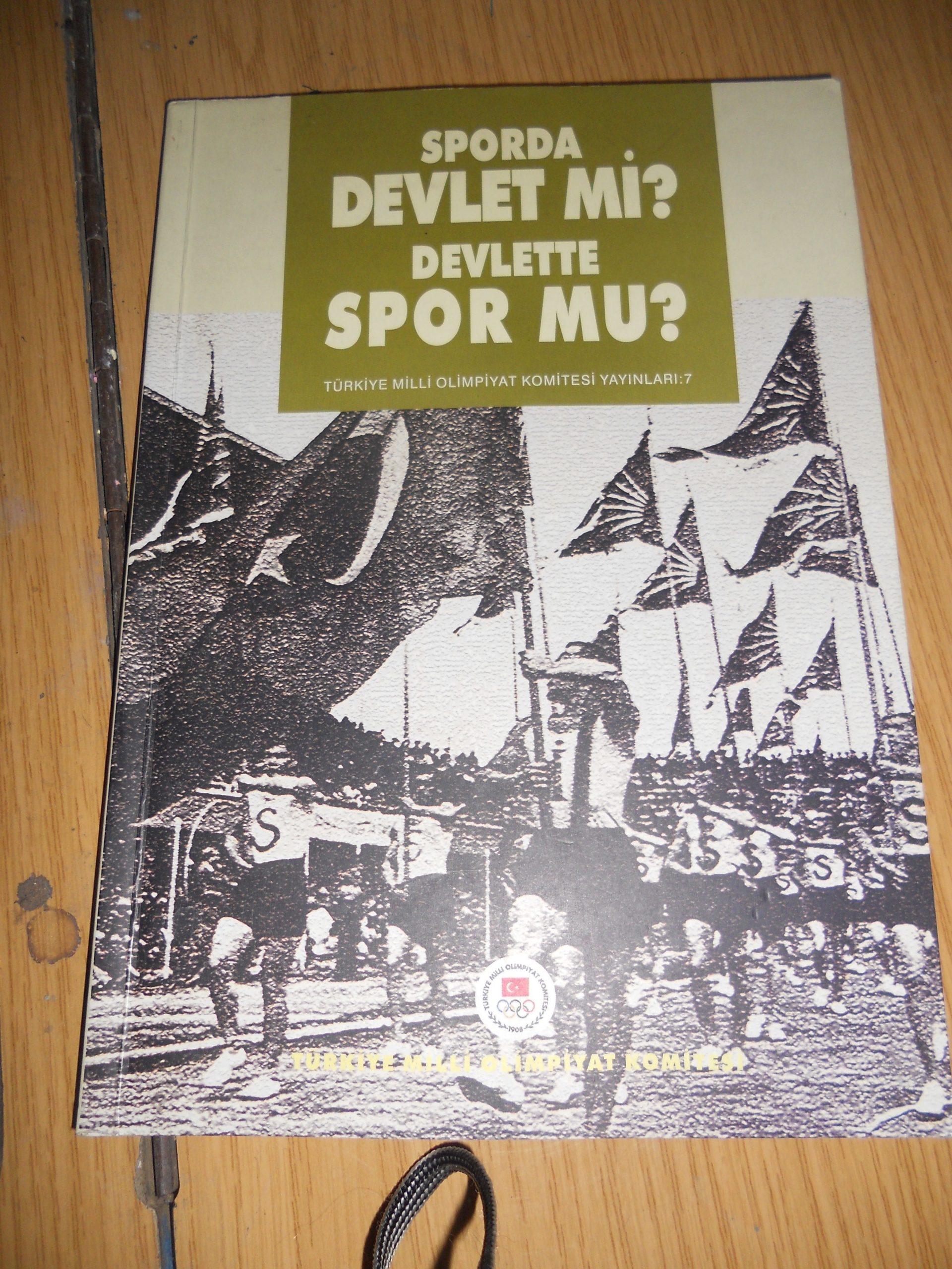 SPORDA DEVLET Mİ,DEVLETTE SPOR MU/Cem Atabeyoğlu/15 TL