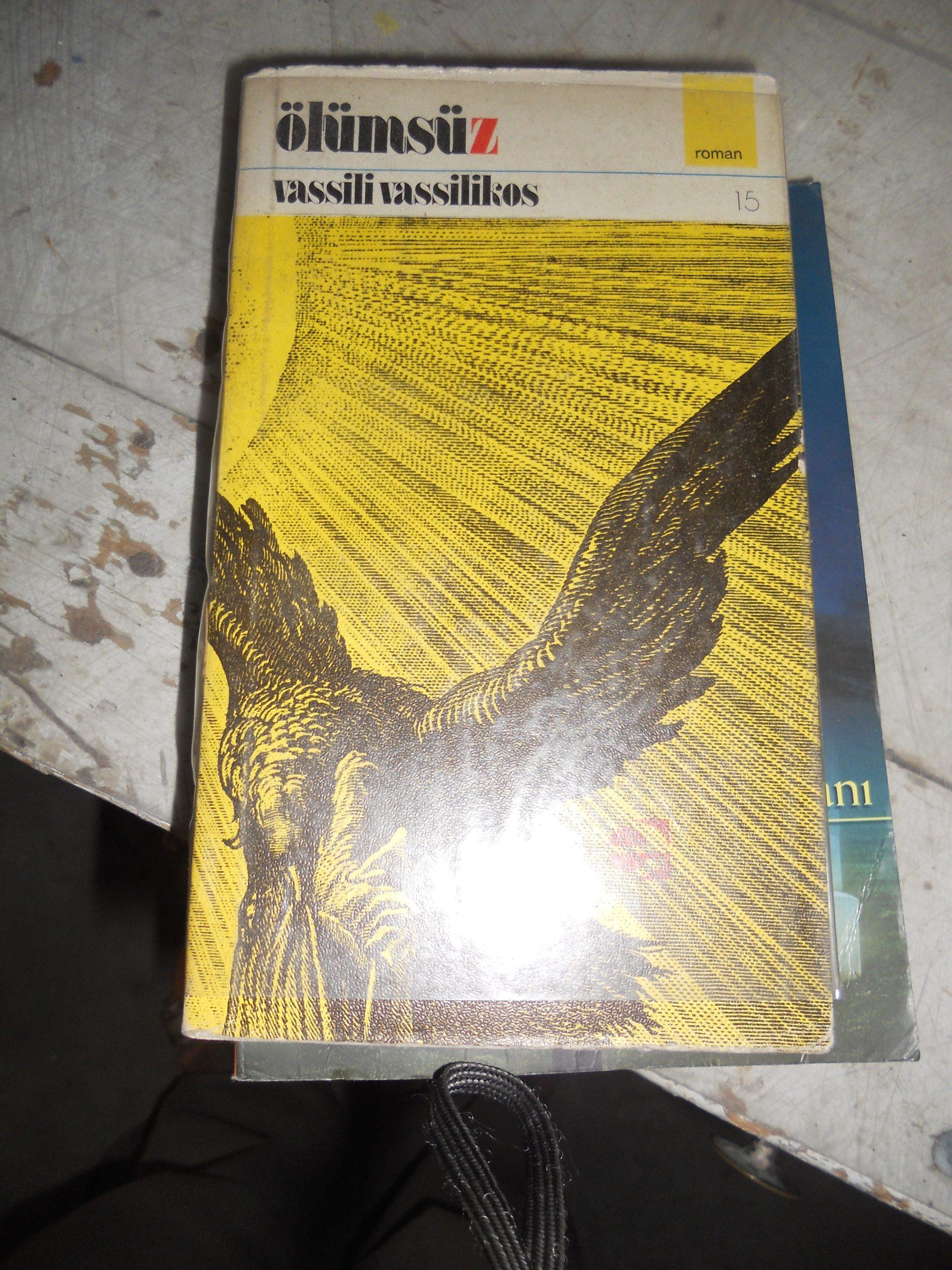 ÖLÜMSÜZ/Vasili VASİLLİKOS/ 10 TL