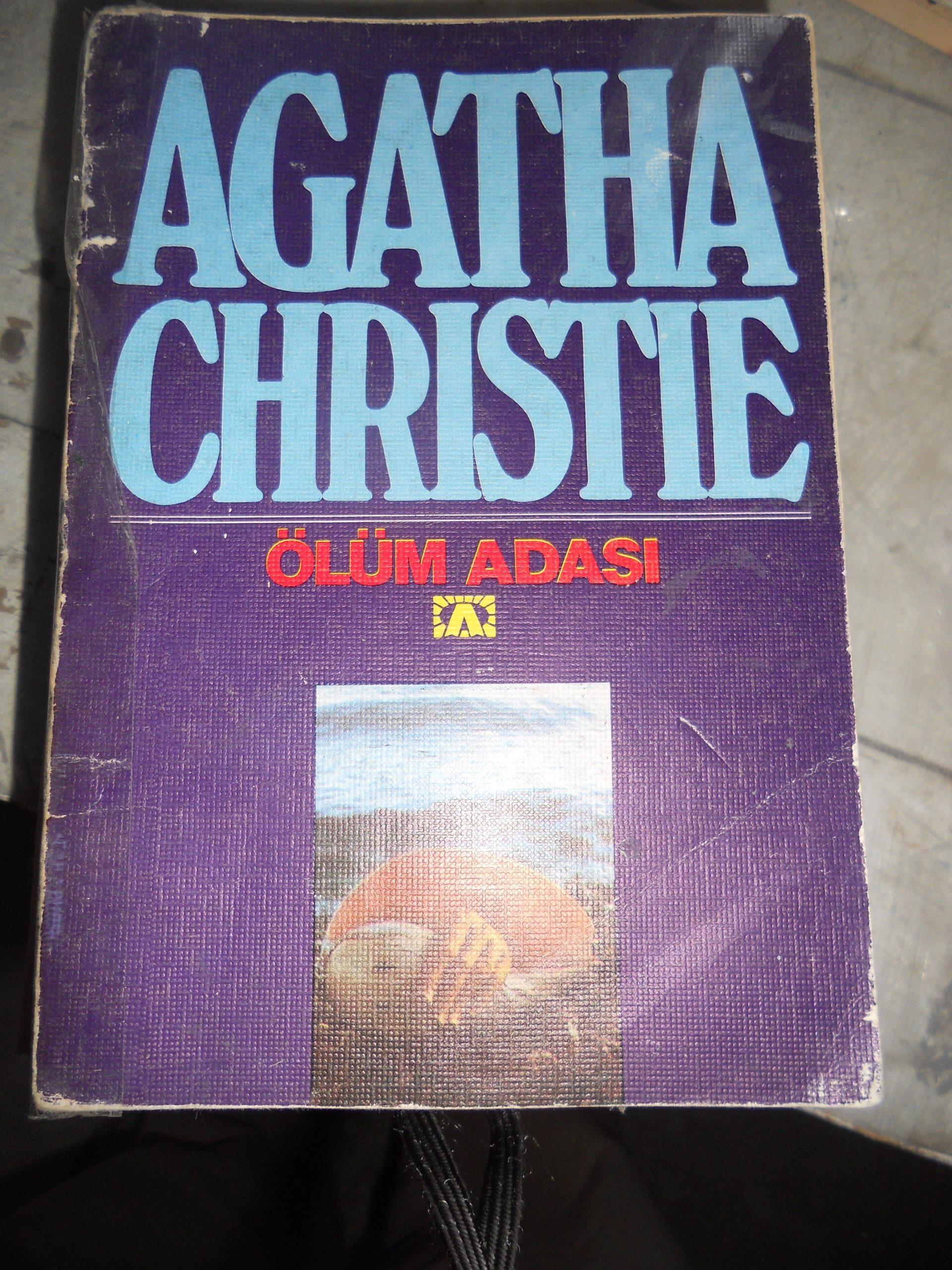 ÖLÜM ADASI/Agatha Chrıstıe/10 TL(SATILDI)