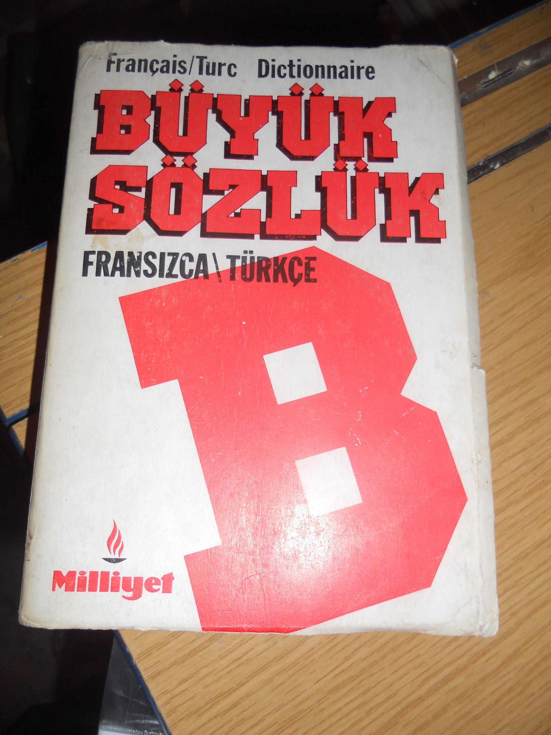 Büyük sözlük(Fransızca-Türkçe)/Milliyet/10 tl