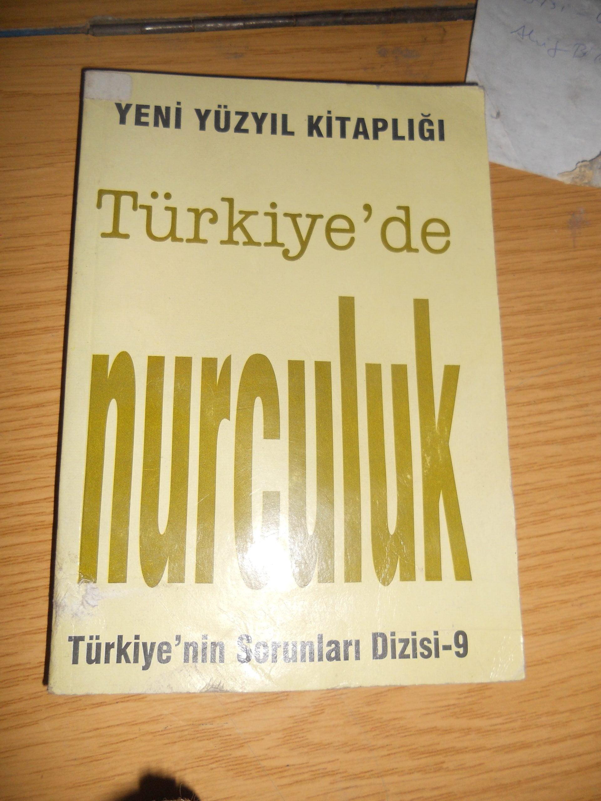 Türkiye'nin sorunları dizisi(Yeni Yüzyıl kitaplığı) 7 kitap /toplam 35 tl