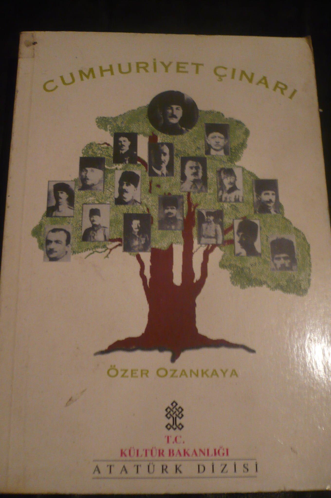 CUMHURİYET ÇINARI/Özer OZANKAYA/ 15 TL