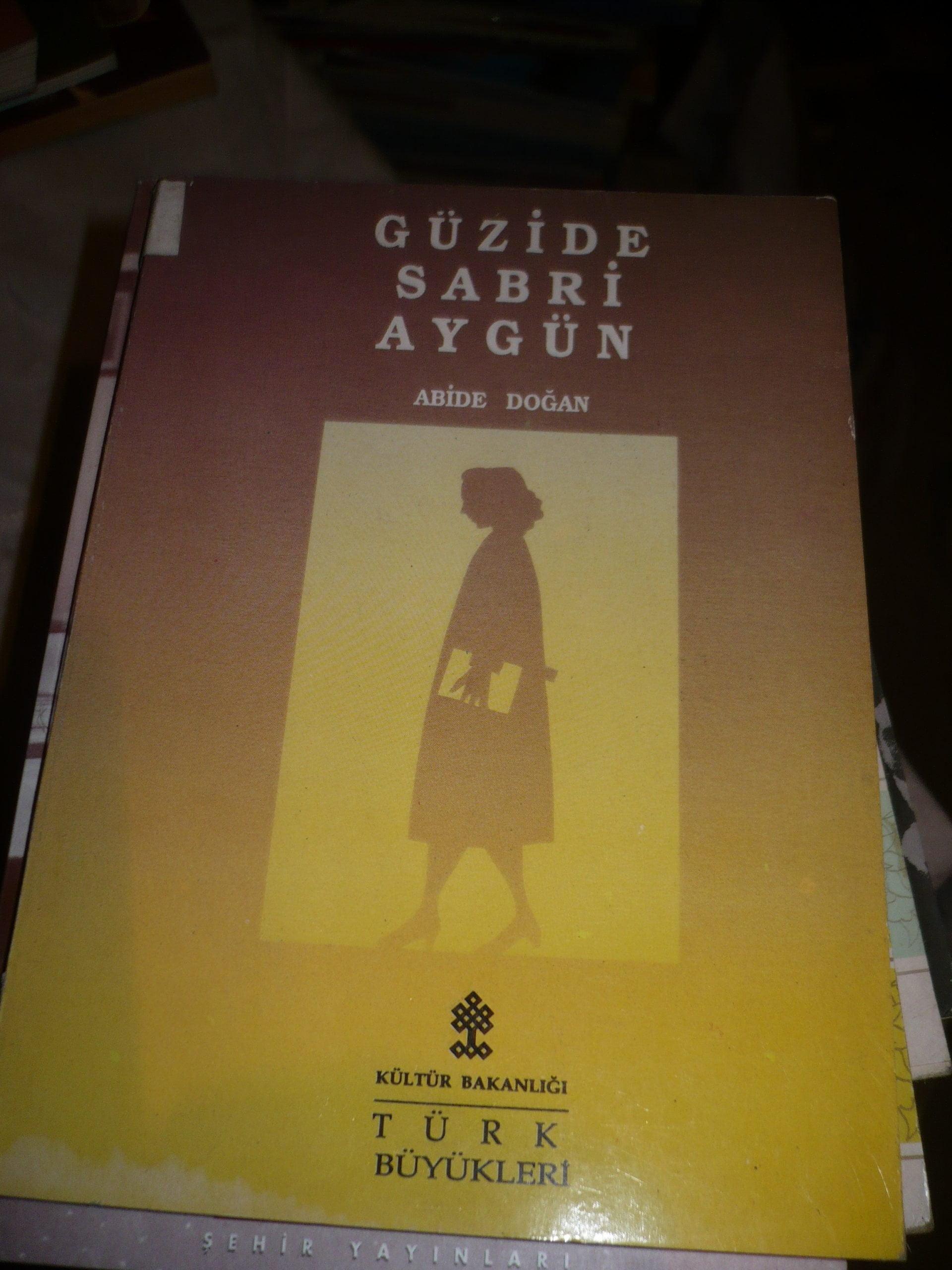 GÜZİDE SABRİ AYGÜN/Abide DOĞAN/10 TL