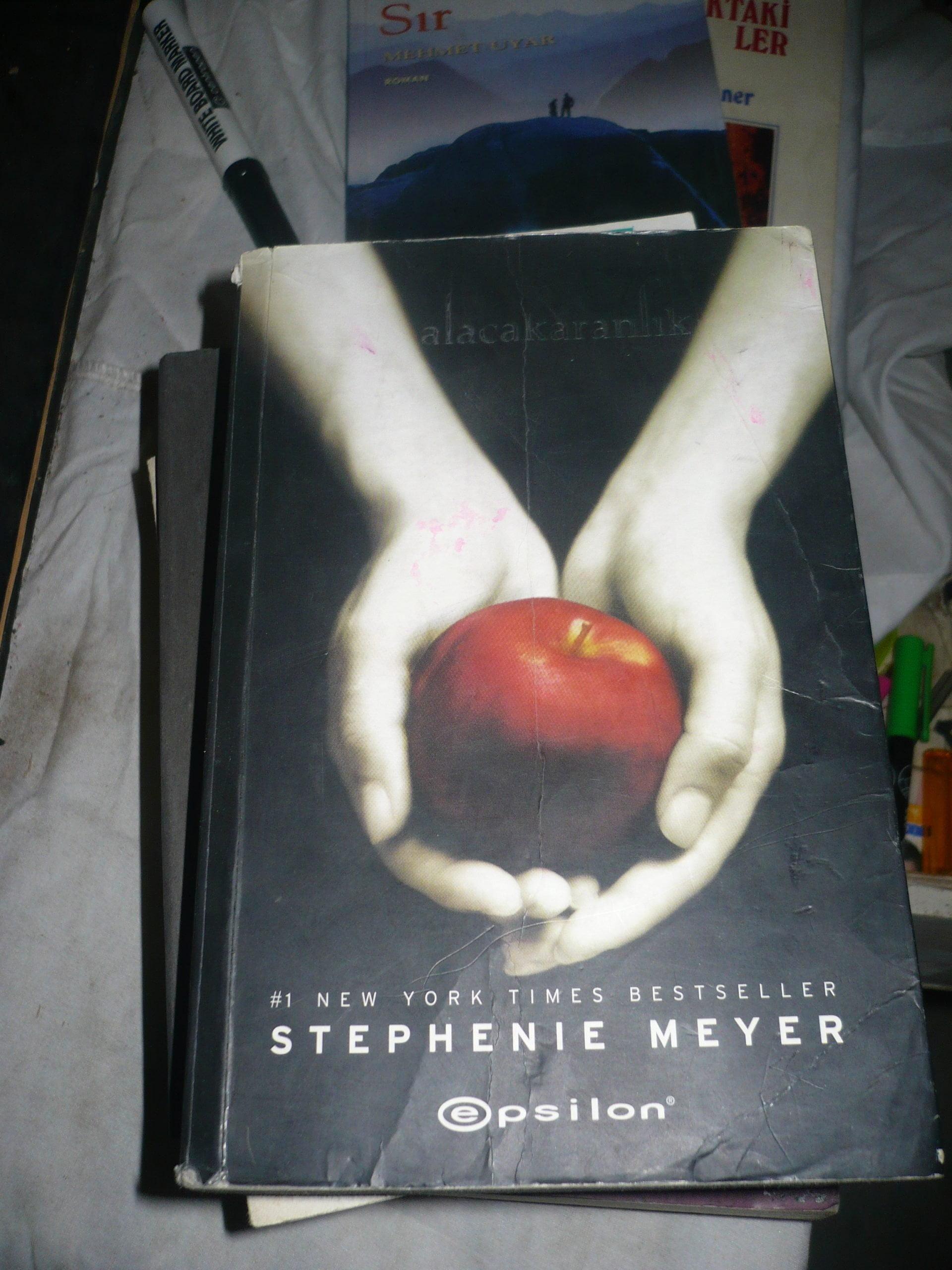 ALACAKARANLIK/Stephenie Meyer/10tl
