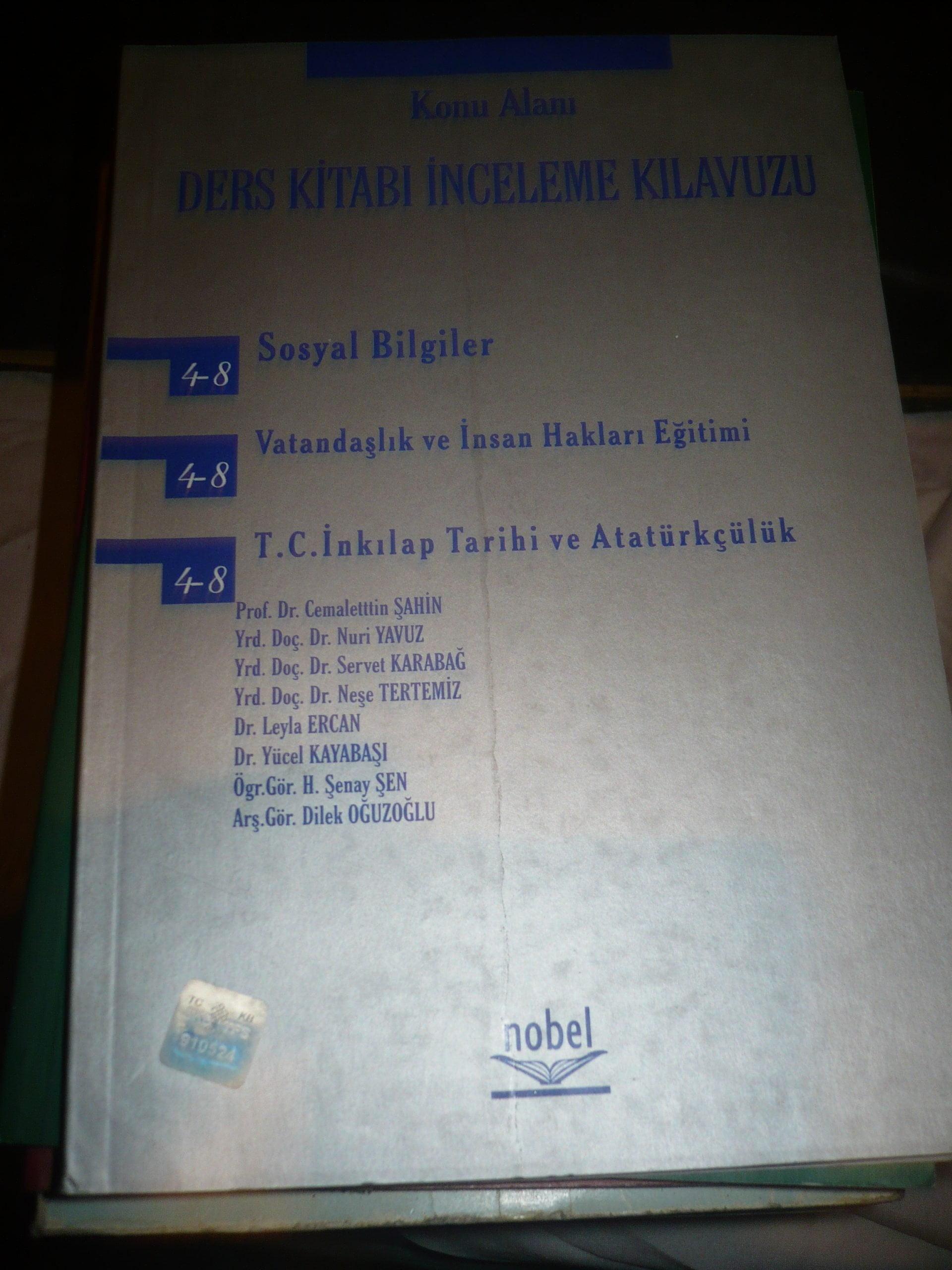 DERS KİTABI İNCELEME KILAVUZU(Sosyal bilgileri,vatandaşlık,TC inkılap tarihi) /Cemalettin ŞAHİN VE HEYET/ 20 TL