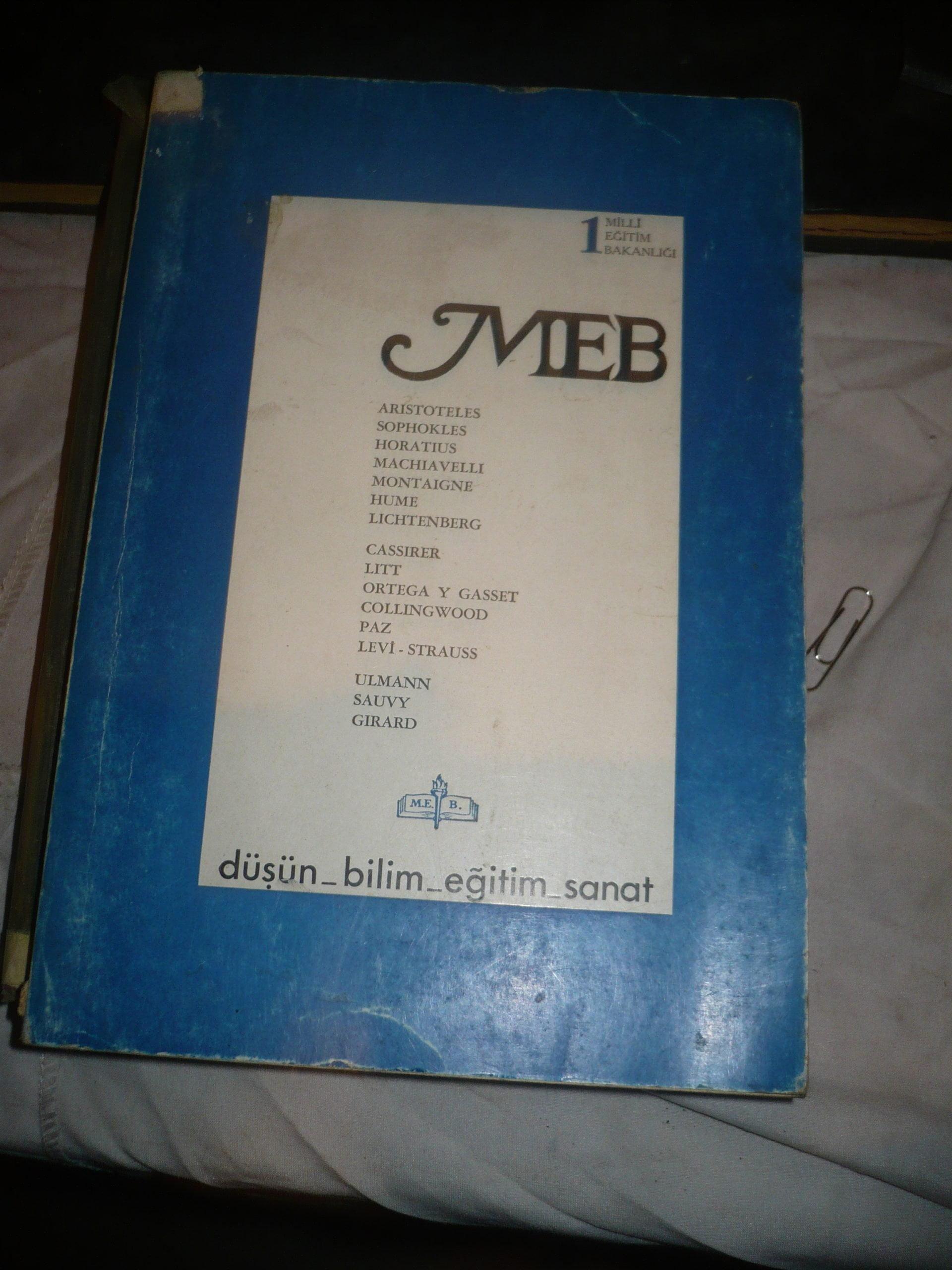 MEB (Düşün-bilim-eğitim-sanat)sayı 1/ Yayın yönetmeni:Enis BATUR/ 20 tl