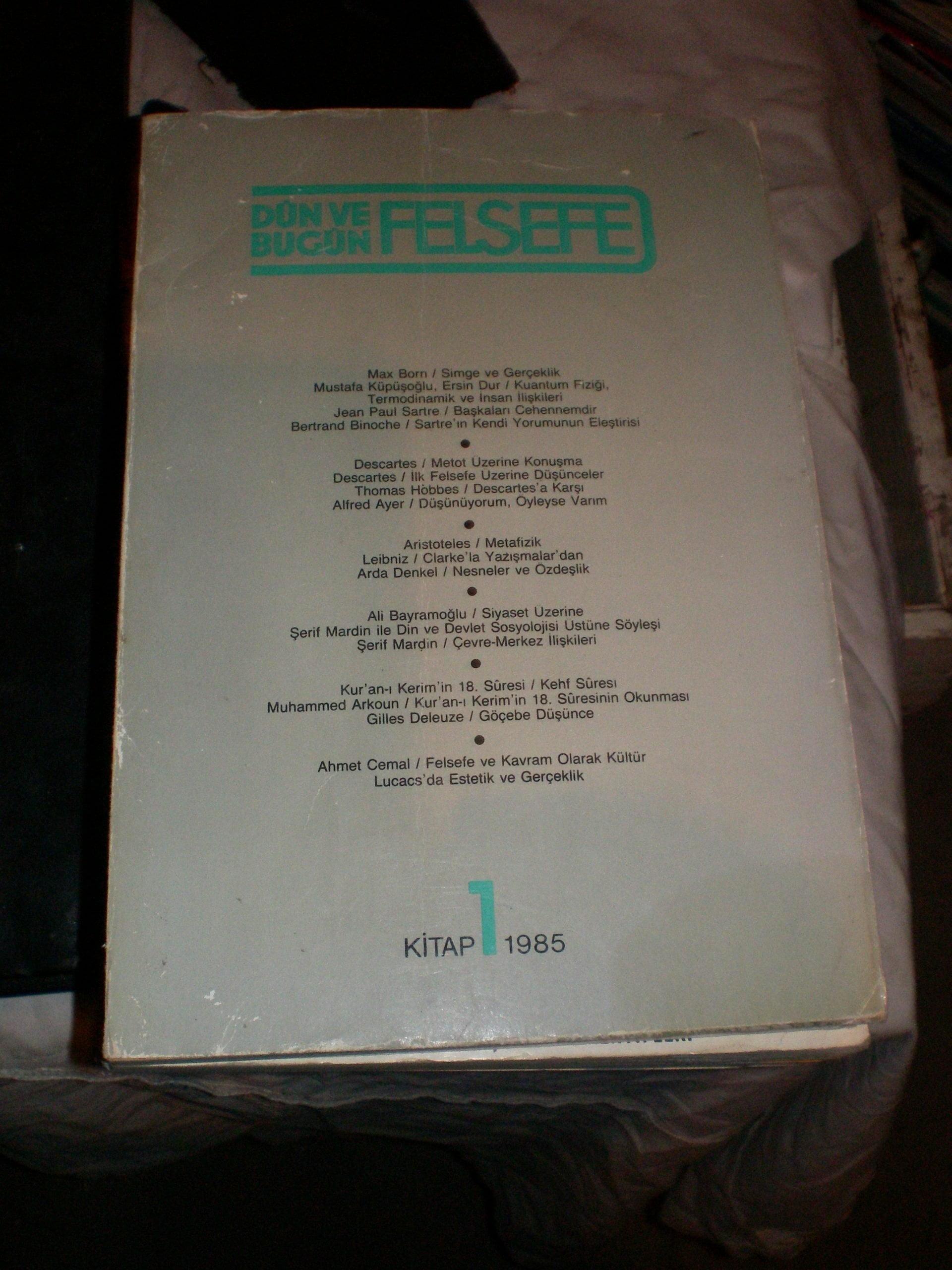 DÜN ve BUGÜN FELSEFE-Kitap 1 -1985/ 15 TL