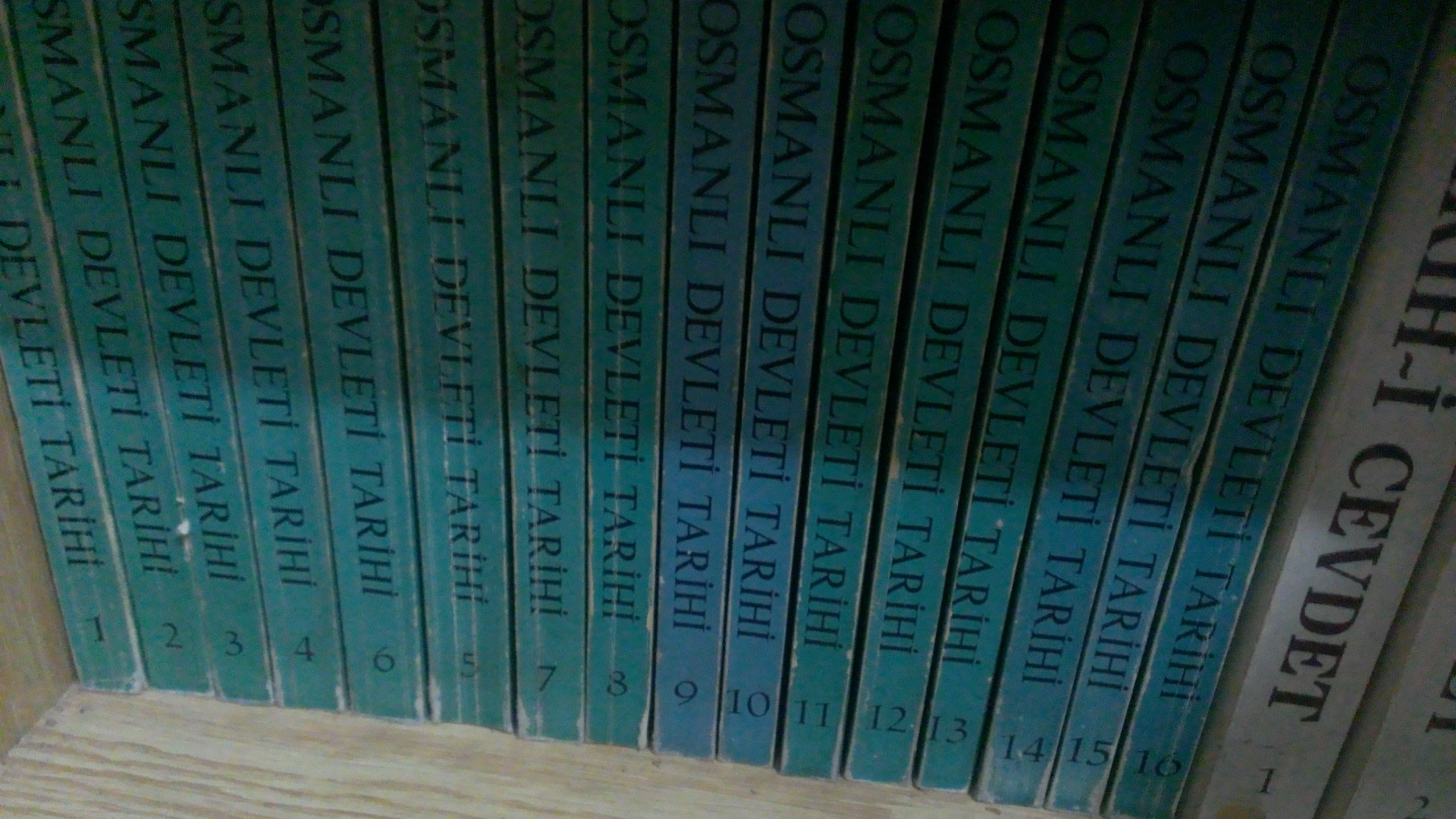 OSMANLI DEVLETİ TARİHİ /(toplam 16 cilt) HAMMER/ 150 TL